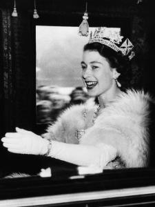 Queen Elizabeth II of England, Late 1950s
