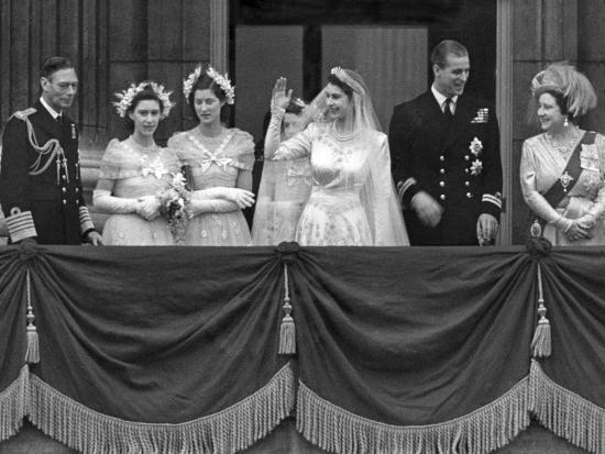 Queen Elizabeth Ii Wedding Family Group On Balcony Photo Associated Newspapers Art Com
