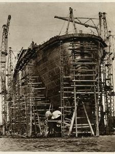 Queen Mary Ocean Liner, in Construction
