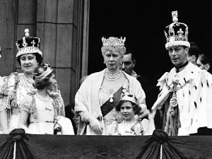 Queen Mother with Members of the Royal Family on the Balcony of Buckingham Palace