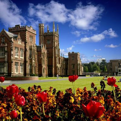 Queen's University in Belfast-Chris Hill-Photographic Print