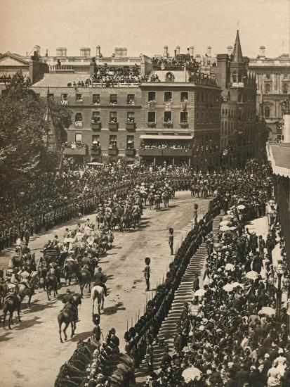 Queen Victoria's Diamond Jubilee, 1897 (1906)-London Stereoscopic & Photographic Co-Giclee Print