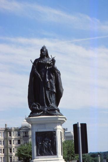 Queen Victoria Statue, Hove, Sussex, 20th century-CM Dixon-Photographic Print