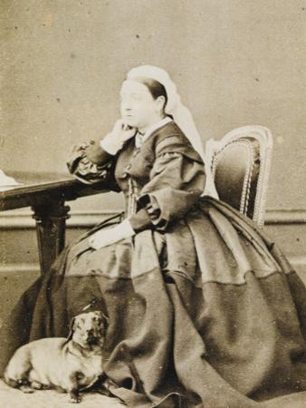 Queen Victoria with Dachshund