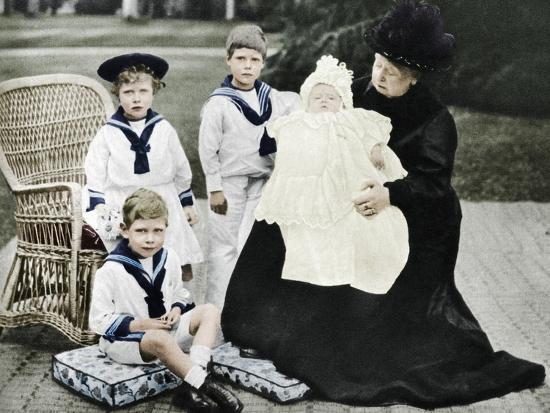 Queen Victoria with her great-granchildren at Osborne House, Isle of Wight, 1900-Unknown-Photographic Print