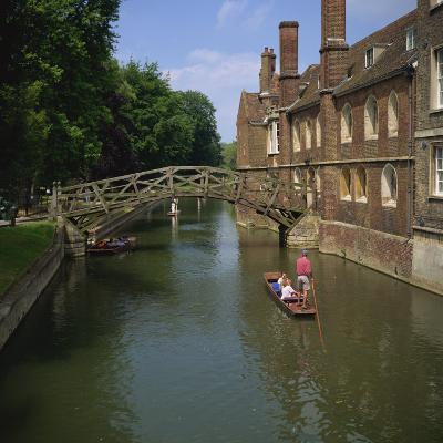 Queens College and Mathematical Bridge, Cambridge, Cambridgeshire, England, United Kingdom, Europe-Roy Rainford-Photographic Print