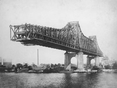 Queensboro Bridge under Construction--Photographic Print