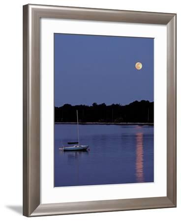 Quiet Cove-J.D. Mcfarlan-Framed Photographic Print