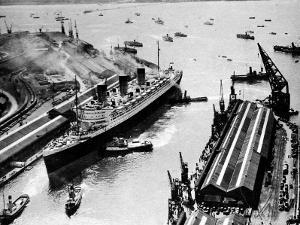 R.M.S. 'Queen Mary', Ocean Dock, Southampton, 1936