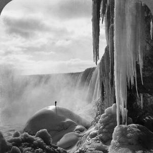 Niagara Falls: Frozen by R.Y. Young