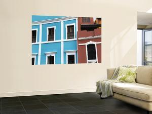 Colourful Colonial Architecture in Old San Juan by Rachel Lewis