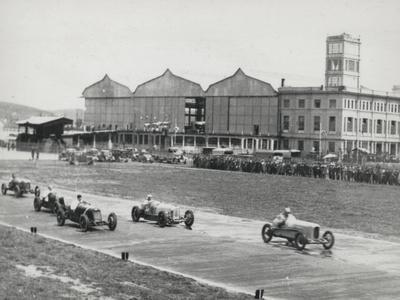 Racing Championship on the Runway of the Littorio-Luigi Leoni-Photographic Print
