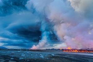 Volcano Eruption at the Holuhraun Fissure Near the Bardarbunga Volcano, Iceland by Ragnar Th Sigurdsson