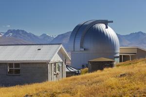 Mt. John University Observatorium, Tekapo, Canterbury, South Island, New Zealand by Rainer Mirau