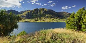 Sentinel Peak, Lake Hawea, Otago, South Island, New Zealand by Rainer Mirau