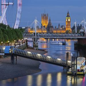 The Thames, Hungerford Bridge, Westminster Palace, London Eye, Big Ben by Rainer Mirau