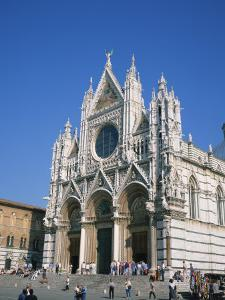Duomo in Siena, UNESCO World Heritage Site, Tuscany, Italy, Europe by Rainford Roy