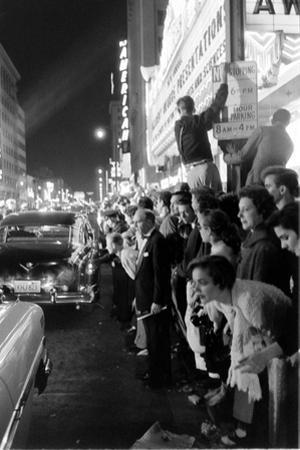 Fans Stargazing During Arrival of Celebrities, 30th Academy Awards, Rko Pantages Theater, 1958