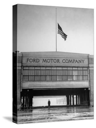 With Flag at Half Staff, the Ford Plant Is Deserted for Henry Ford's Funeral