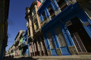 Sunlit Buildings in Old Havana by Raul Touzon