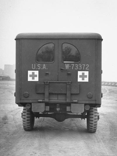 Rear View of Ambulance-George Strock-Photographic Print