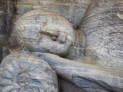Reclining Buddha Statue, Gal Vihara, Polonnaruwa, UNESCO World Heritage Site, Sri Lanka-Ian Trower-Photographic Print