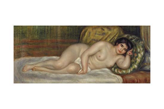 Reclining female nude (Gabrielle). 1903-Pierre-Auguste Renoir-Giclee Print
