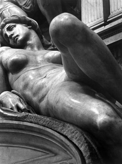 Reclining Figure Sculpted by Michelangelo from His Tomb of the Medici-Alfred Eisenstaedt-Photographic Print