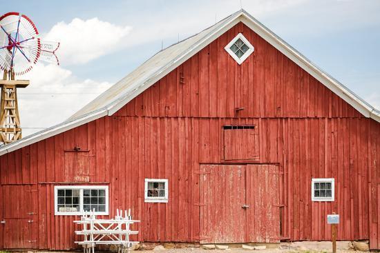Red Barn-urbanlight-Photographic Print