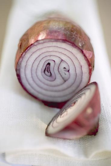 Red Onion, Cut into Two Pieces-Foodcollection-Photographic Print