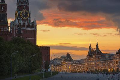 Red Square at Dusk.-Jon Hicks-Photographic Print