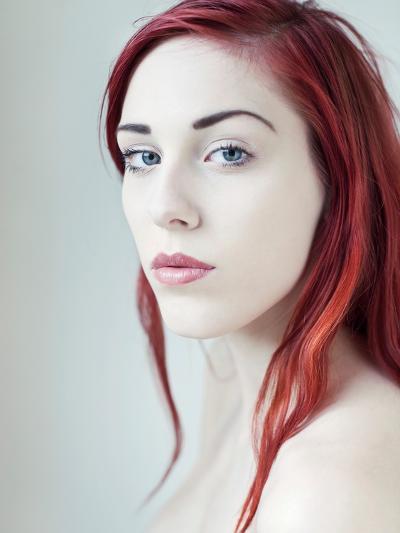 Red-Josefine Jonsson-Photographic Print