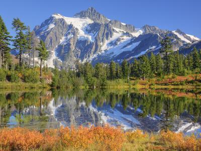 https://imgc.artprintimages.com/img/print/reflected-in-picture-lake-mt-shuksan-heather-meadows-recreation-area-washington-usa_u-l-pfi8ja0.jpg?p=0