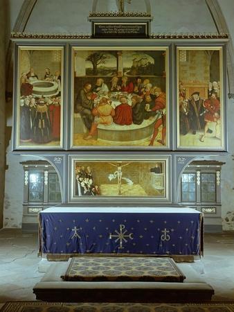 https://imgc.artprintimages.com/img/print/reformation-altarpiece-1547_u-l-pcfub50.jpg?p=0