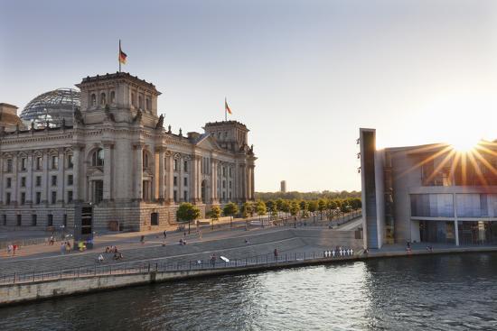 Reichstag at Sundown, Berlin, Germany-Markus Lange-Photographic Print