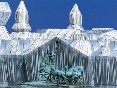Reichstag mit Quadriga-Christo-Photographic Print