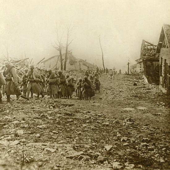 Relief infantry at the attack of Douaumont, northern France, 1916-Unknown-Photographic Print