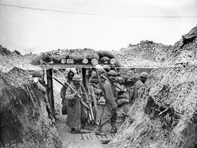 Relief Soldiers in a Trench in Champagne, 1915-16-Jacques Moreau-Photographic Print