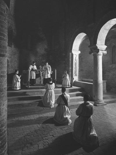 Religious Ceremony-Luciano Ferri-Photographic Print