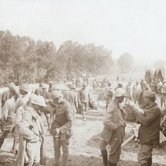 Rest stop, Genicourt, northern France, c1914-c1918-Unknown-Photographic Print
