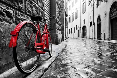 https://imgc.artprintimages.com/img/print/retro-vintage-red-bike-on-cobblestone-street-in-the-old-town-color-in-black-and-white-old-charmin_u-l-q119xmh0.jpg?p=0