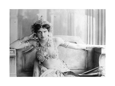Mata Hari (1876-1917) 1905 (B/W Photo)