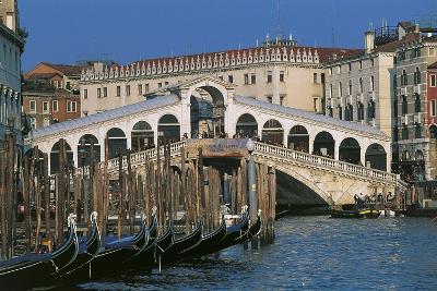 Rialto Bridge, 1588-1591, Venice (Unesco World Heritage List, 1987), Veneto, Italy--Photographic Print