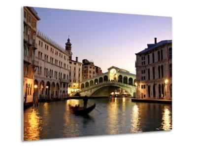 Rialto Bridge, Grand Canal, Venice, Italy-Alan Copson-Metal Print
