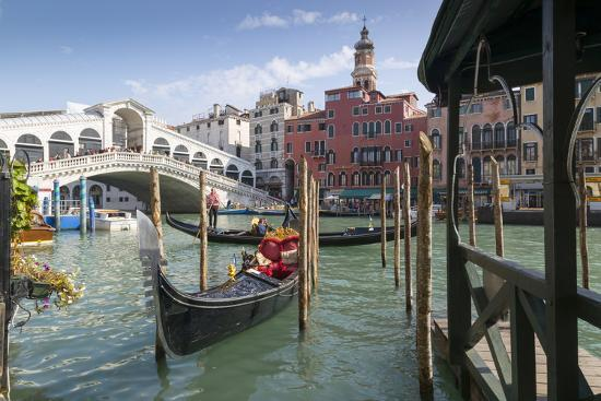 Rialto Bridge, Venice, UNESCO World Heritage Site, Veneto, Italy, Europe-Frank Fell-Photographic Print