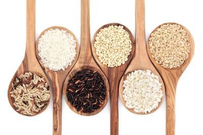 https://imgc.artprintimages.com/img/print/rice-varieties-in-olive-wood-spoons-over-white-background_u-l-pn05ob0.jpg?p=0