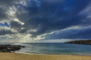Kawakiu Nui Beach Late Afternoon Light, West Molokai, Hawaii by Richard A Cooke III