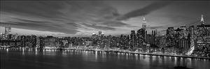 Manhattan Dusk (detail) by Richard Berenholtz