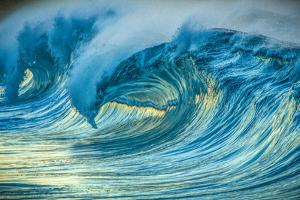 Wave Photo at Papohaku Beach, West End, Molokai, Hawaii by Richard Cooke III