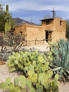 Adobe Mission, Degrazia Gallery in the Sun by Richard Cummins